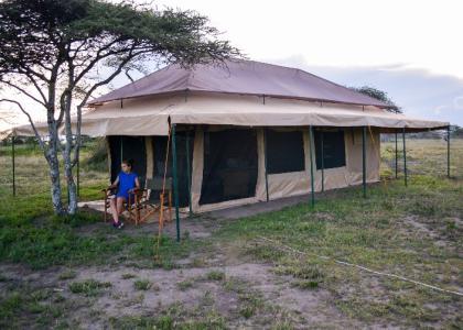 Mbugani er en autentisk lille lejr med komfortable luksustelte, centralt i Serengeti