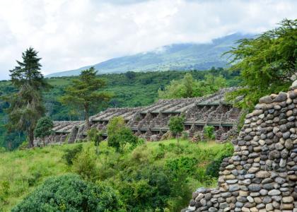 Serena Lodge passer godt ind i naturen ved Ngorongoro
