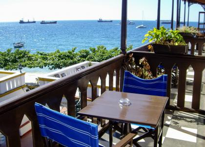 Vi vælger altid værelser med balkon og havudsigt